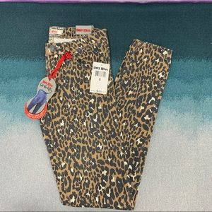 Hot Kiss Get the Lift Skinny Jeans, size 0  NWT